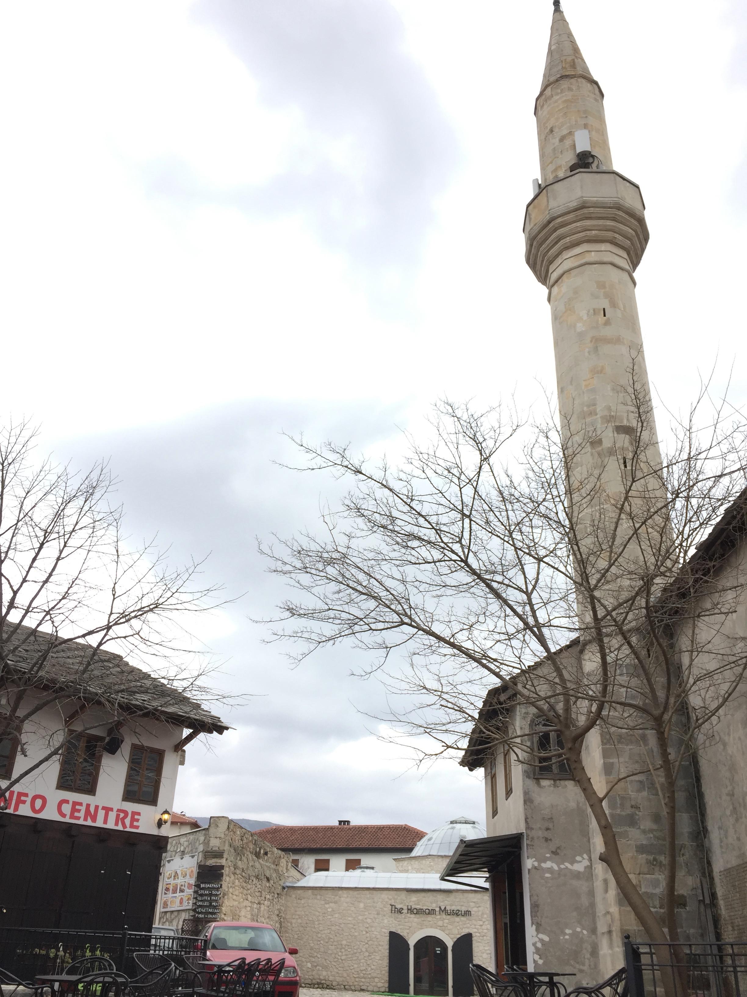 モスクのミナレット