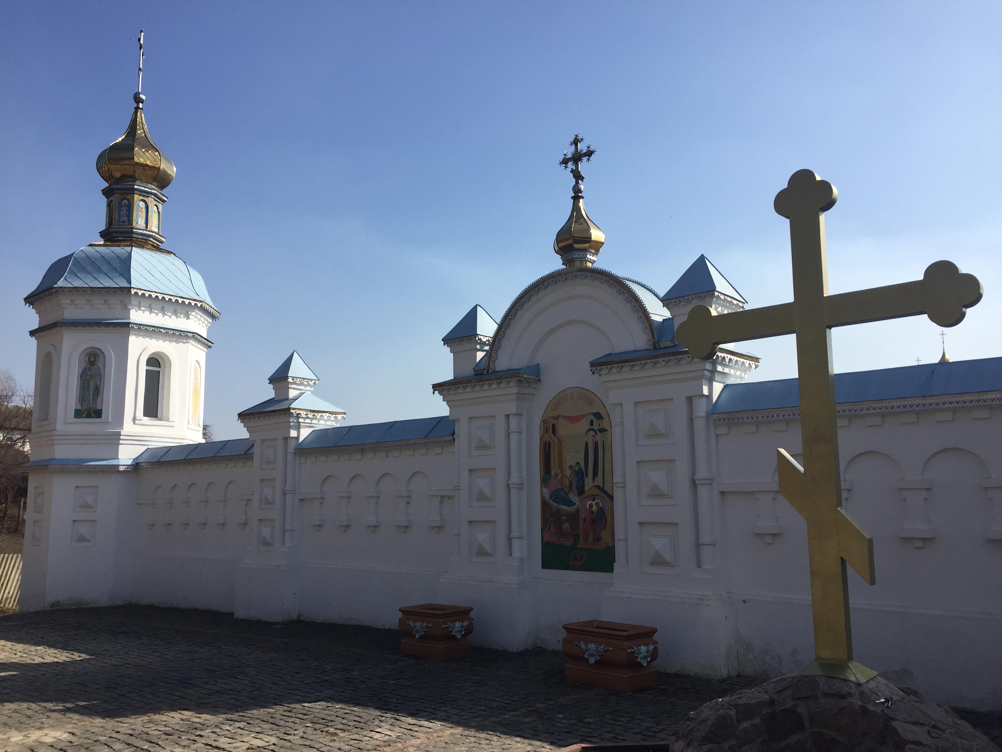 モルチェンスキー修道院の内側