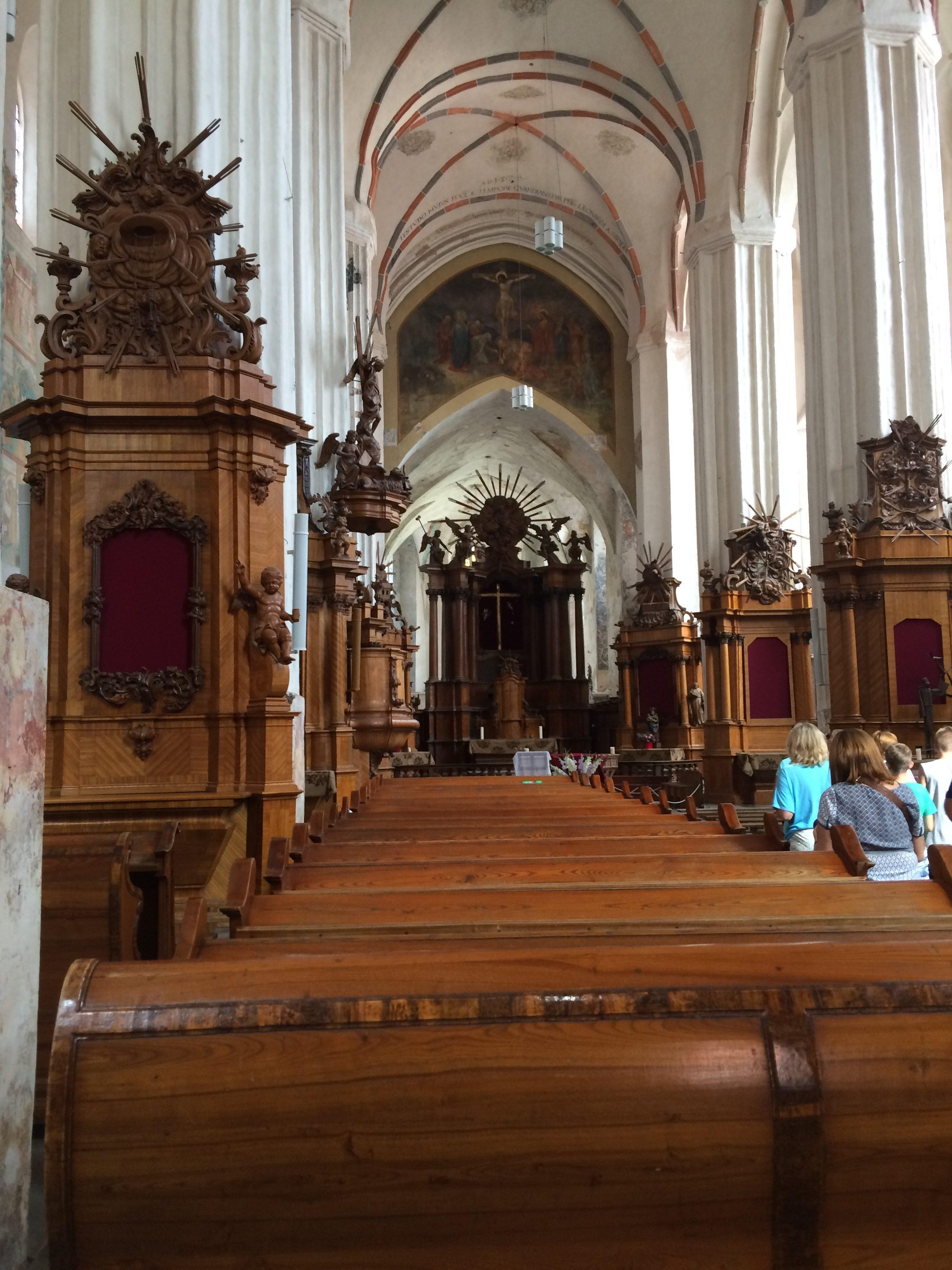 聖アンナ教会の内観