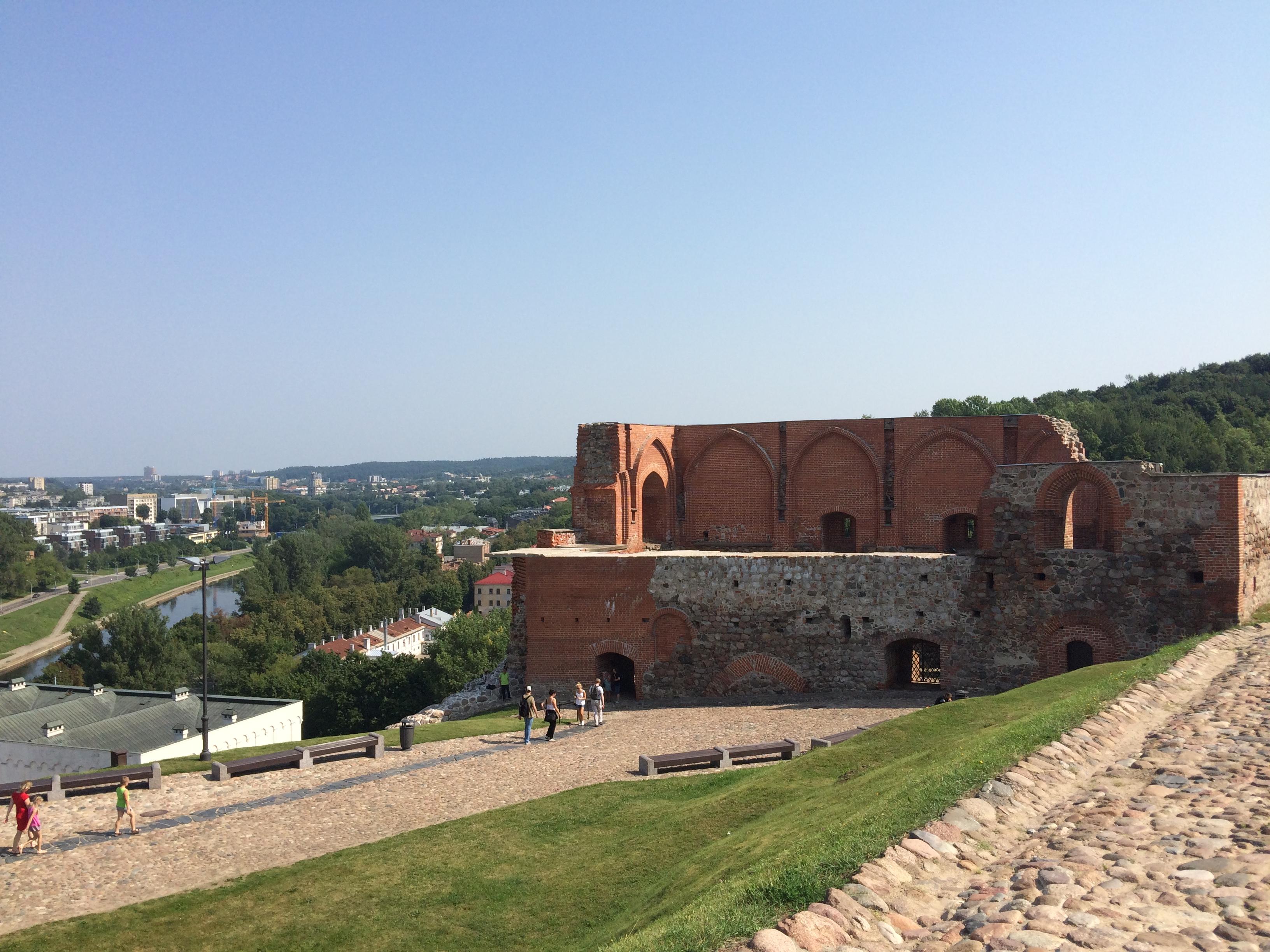 ゲティミナス城の城壁っぽい何か